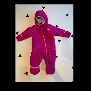 North Face Thermoball Snowsuit Bunting 6-12 mos